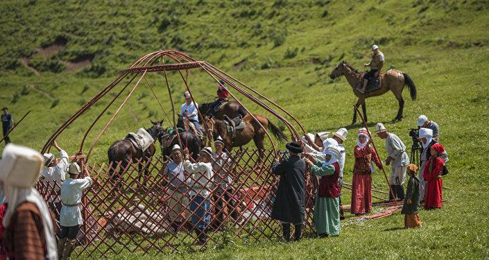 Топ-9 молодых манасчи в Кыргызстане