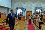 Премьер-министр Сооронбай Жээнбековдун отставкасы