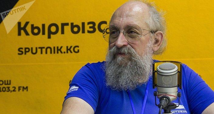 Телеведущий и журналист Анатолий Вассерман