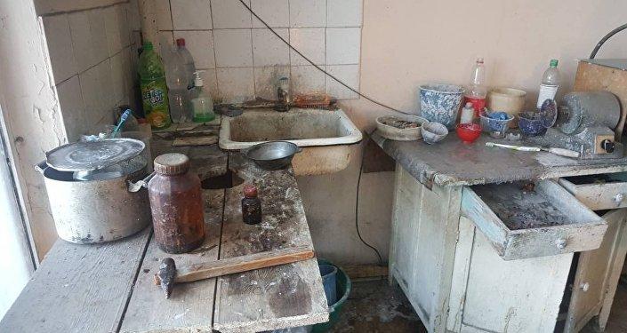 Частные медицинские центры на Ошском рынке в Бишкеке