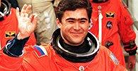 Кыргызстанский космонавт, герой Кыргызстана и России Салижан Шарипов. Архивное фото