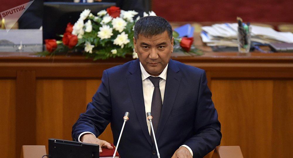 Архивное фото депутата ЖК 6 созыва Искендера Матраимова от партии СДПК