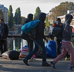 Париж шаарындагы качкындар. Архив