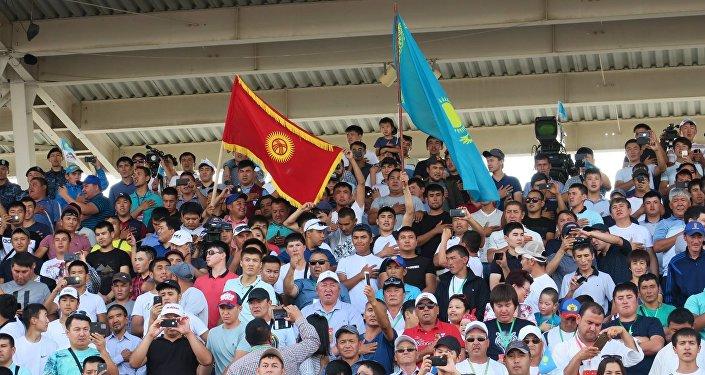 Соревнования проходили в воскресенье вечером на арене Казанат в Астане. В мировом первенстве участвовали 11 стран