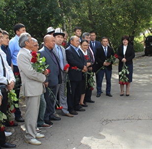 Москвадагы Печатный экспресс басмаканасынан чыккан өрттөн каза болгон кыргызстандык кыз-келиндердин бир жылдыгына карата эскерүү иш-чарасы болуп өттү