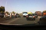 В Бишкеке столкнулись 4 автомобиля — видео очевидца