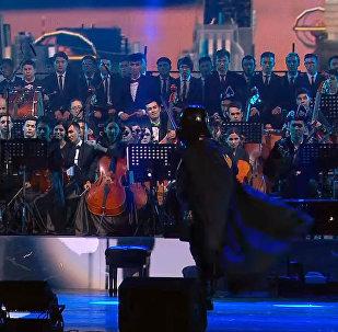 Поклонникам Звездных войн — оркестр в Астане сыграл Имперский марш