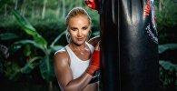 Кыргызстандык UFC мушкери Валентина Шевченко. Архивдик сүрөт