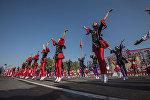 Танцевальный коллектив на площади Ала-Тоо в Бишкеке во время празднования 26-летия независимости Кыргызстана. Архивное фото