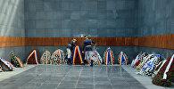 Памятник жертвам Холокоста в Бухаресте