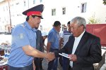 В честь праздников в ОВД Каракола состоялась встреча личного состава и ветеранов