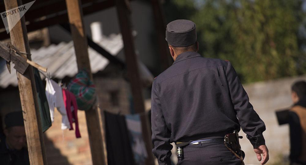 Поиски беглых заключенных в жилмассиве  Энесай