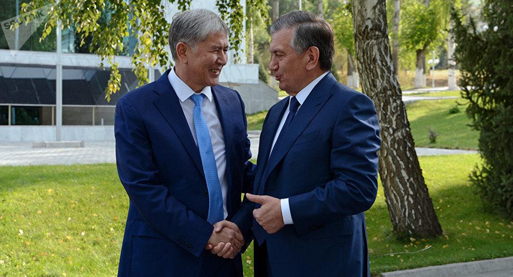 Өзбекстандын президенти Шавкат Мирзиёев жана Кыргызстандын өлкө башчысы Алмазбек Атамбаев