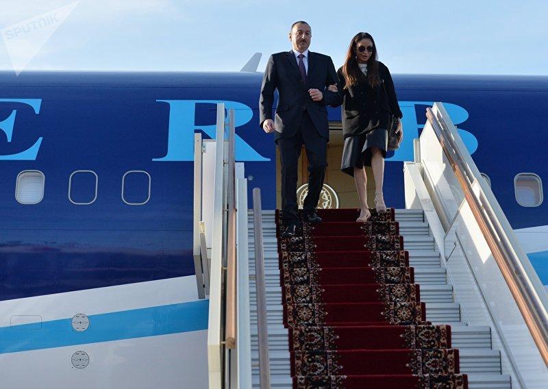 Прилет президента Азербайджана Ильхама Алиева в Москву