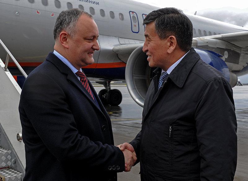 Самолет на котором прибыл президент Республики Молдовы Игорь Додон в Кыргызстан