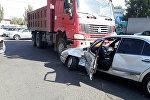 Бишкекте жол кырсыгы катталып, анын айынан ири жол тыгыны жаралды.