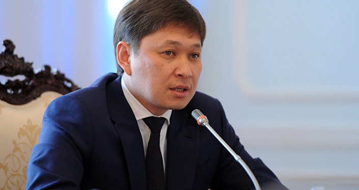 Архивное фото премьер-министра Кыргызстана Сапара Исакова