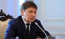 Экс-премьер-министр Сапар Исаков. Архивное фото