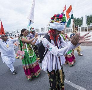 Представители из Индии на открытии международного этнокарнавала. Архивное фото
