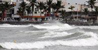 Волны в Веракрусе.  Архивное фото