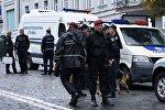 Киев шаарындагы полиция кызматкерлери. Архив