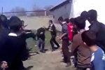 Дети выстроились в живой коридор и избивали друг друга. МВД разбирается