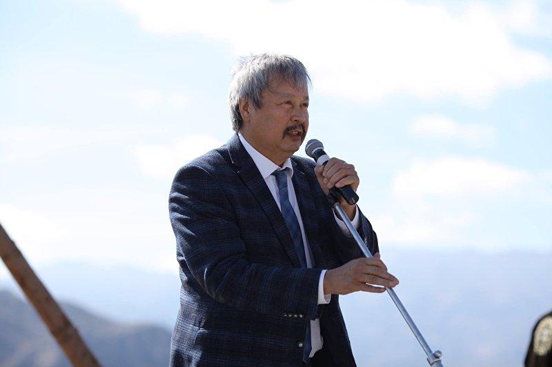 Кандидат в президенты Кыргызстана Арсланбек Малиев. Архивное фото