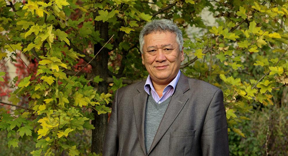 Директор Ботанического сада имени Гареева Медет Ахматов