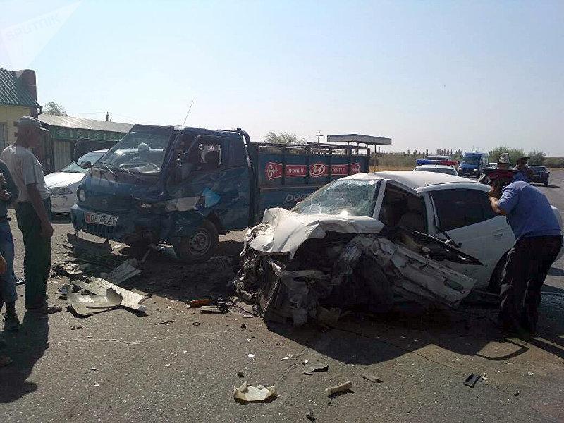 Смертельное ДТП с участием автомашины Daewoo Leganza произошло в селе Кайрыгач Кара-Сууйского района.