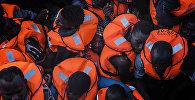 Средиземное море — один из самых опасных миграционных путей в мире. В 2016 году в нем утонуло более 5 000 человек