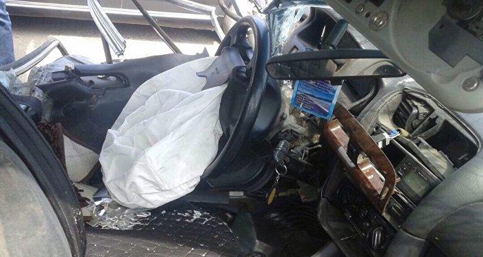 2 сентября на объездной дороге близ села Ивановка Чуйской области внедорожник Toyota Land Cruiser столкнулся с Mazda, два человека погибли, семеро пострадали