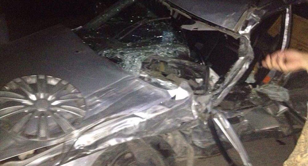Поврежденный в ДТП автомобиль с участием внедорожника, в котором находился генерал Абдыгул Чотбаев