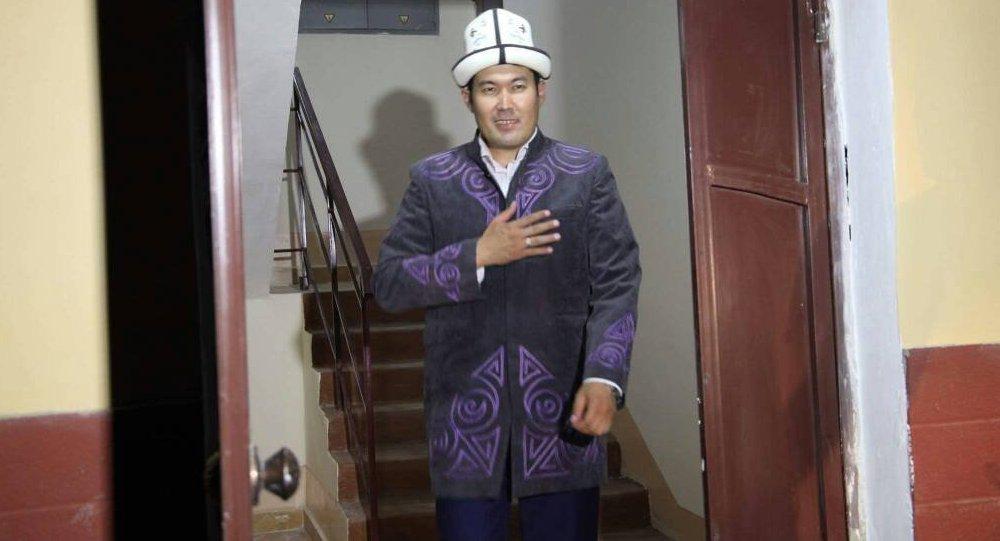 Төкмө акын Идирис Айитбаев