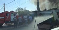Бишкекте Гагарин көчөсүндө жеке турак жай өрттөнүп жатат. Күбө видеосу