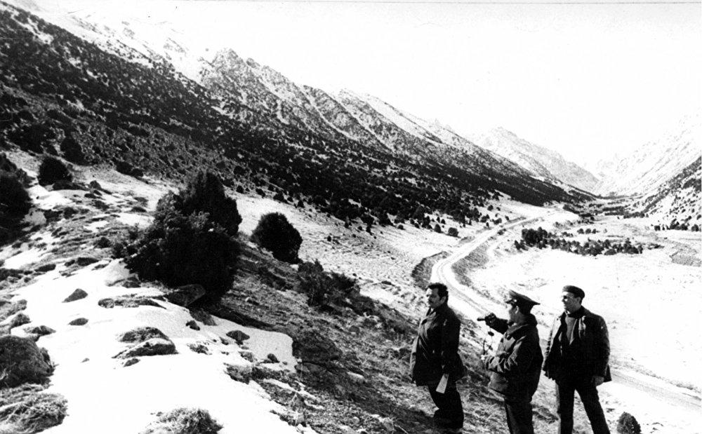 Кыргызстандык корукчулар токой массивин текшерүү маалында