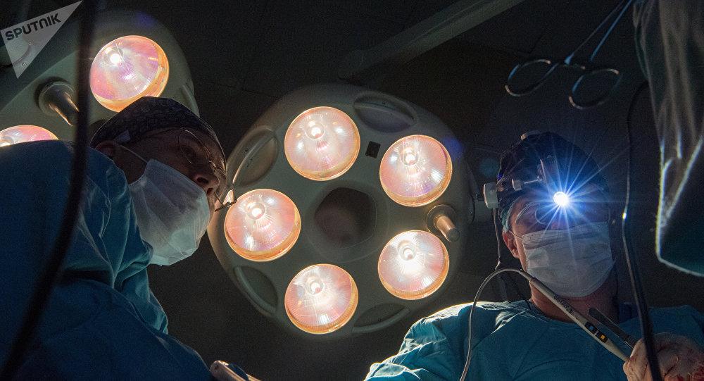 Операция. Архивдик сүрөт