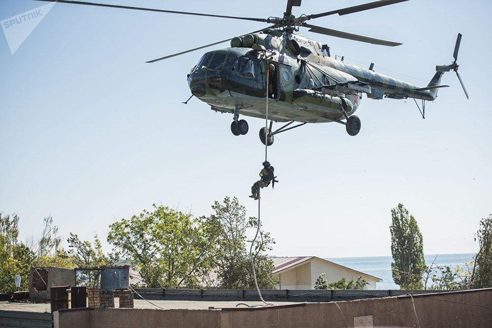 Командно-штабные учения Иссык-Куль Антитеррор-2017 в селе Бает