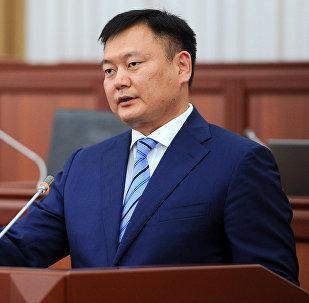 Архивное фото назначенного председателем Фонда по управлению государственным имуществом Дуйшенбека Зилалиева