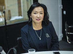 Советник премьер-министра КР Сапара Исакова Бермет Турсункулова во время интервью Sputnik Кыргызстан