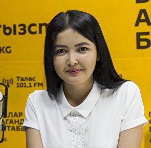 Учительница Арстанбек кызы Альбина