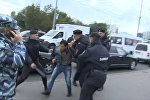 Беспорядки во время рейда против нелегальных мигрантов у ТЦ Москва в Люблино