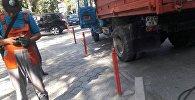 Демонтаж самовольно установленных ограждений парковочных территорий