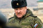 Архивное фото российского генерала Валерия Асапова