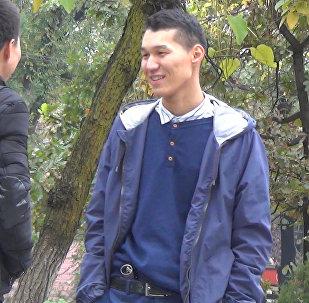 Спасите жизнь моему другу, сдайте кровь — соцэксперимент в Бишкеке