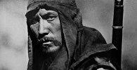 Дебютной картиной, где сыграл Суйменкул, стал фильм Болота Шамшиева Выстрел на перевале Караш. Чокморову досталась главная роль, он играл Бактыгула.
