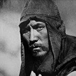 Сүймөнкул Чокморов Караш-Караш окуясы тасмасында Бактыгулдун образында