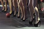 Девушки на подиуме. Архивное фото