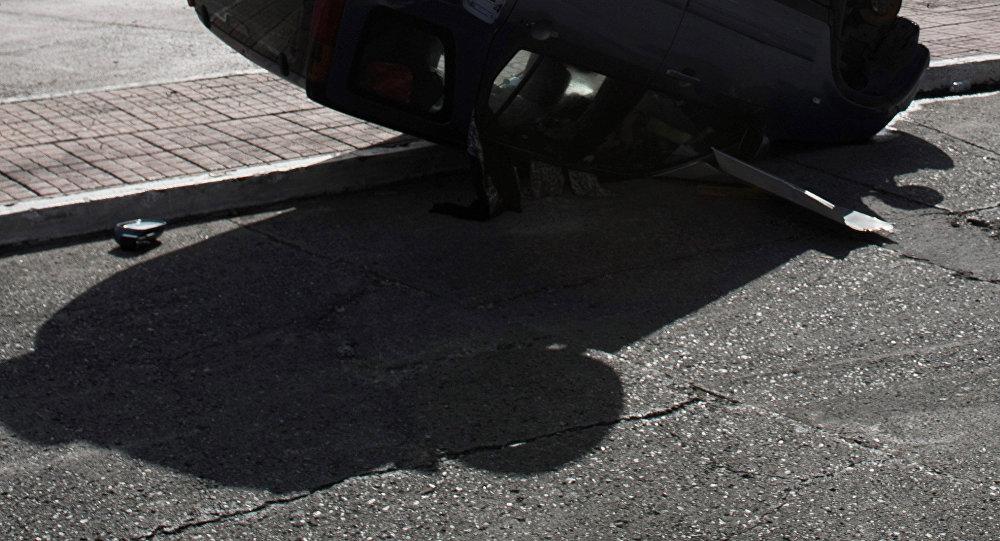 Перевернувшийся автомобиль после ДТП. Иллюстративное фото
