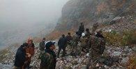 Министерство чрезвычайных ситуаций сняло со скалы тело погибшей гражданки Израиля Хиллы Ливне и передали сотрудниками милиции