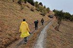 Члены съемочной группы из России, которые нашли тело пропавшей в горах Кыргызстана туристки из Израиля